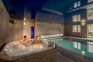 Rakovnicko: Luxusní Hotel Lions s all inclusive a neomezeným wellness...