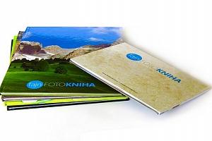 Fotokniha A4 s vlastními fotografiemi o 40, 60 nebo 80 stranách...