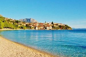 8 dní v Chorvatsku pro dva s polopenzí v klidné části letoviska Podaca...