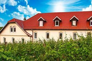 3 až 5denní vinařský pobyt se vstupenkami na Vinobus v hotelu Schaller na Znojemsku...