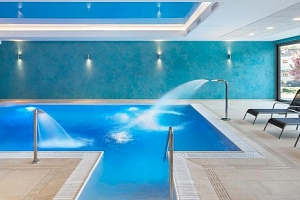 2 noci pro DVA se snídaní a neomezeným vstupem do bazénu a saunového světa v Trenčianských Teplicích...