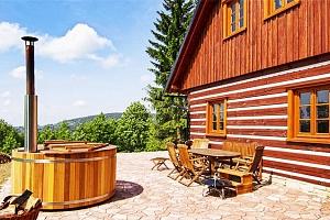 4denní pobyt pro až 16 osob ve velmi komfortní Roubence pod lesem v Orlických horách...
