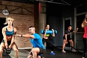 Nové kruhové tréninky ShowUP® pod vedením lektorů z české fitness firmy LovciTuku®....