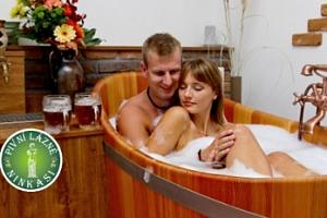 Pivní koupel a relax pro dva s neomezenou konzumací piva...