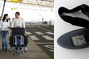 Příruční digitální váha na zavazadla + hliníkové pouzdro na doklady zdarma....