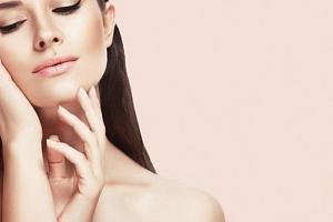 Kosmetické ošetření pleti luxusní kosmetikou Alcina v brněnském studiu Lenna...