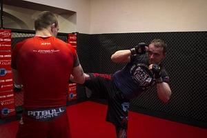 Trénink bojového umění K-1...