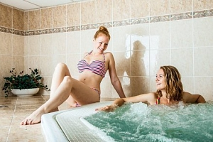 Luhačovice s polopenzí + bazén a sauna neomezeně