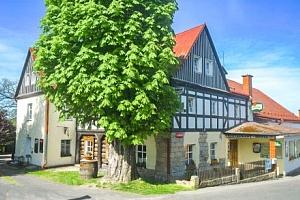 České Švýcarsko v Hotelu U Zeleného stromu *** s polopenzí a úschovnou kol...