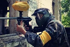 4 hodiny paintballu v bývalé ruské základně v Milovicích...