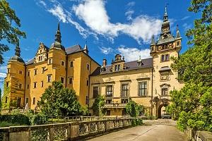 Relax v honosném prostředí polského zámku Kliczków s wellness neomezeně a polopenzí...