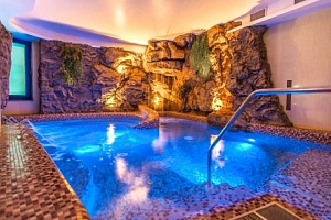 Luxusní wellness v Prémium Hotelu Panoráma **** s polopenzí u Balatonu...