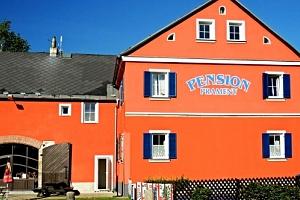 Relaxační pobyt v Pensionu Prameny s vlastním minerálním pramenem pro 2 osoby na 3 - 8 dní....