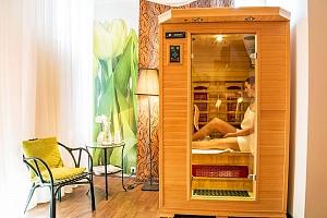 Snová dámská jízda ve 4* Parkhotelu Morris Nový Bor s bohatým wellness balíčkem, bazénem i solárkem…...