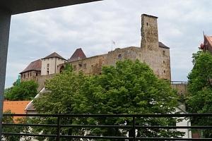 Hotel Lipnice na Vysočině přímo u hradu se saunou i vstupem na hrad...