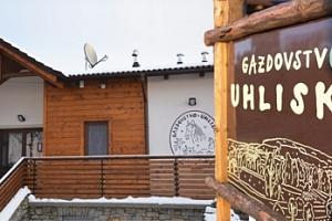Statek na Slovensku poblíž Trenčína: 3-5 dní pro dva s polopenzí...