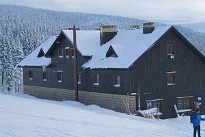 3 až 6denní pobyt pro 2 se saunou v chata Malá Rennerovka v Krkonoších...