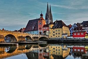 Jednodenní zájezd pro 1 osobu do Regensburgu za památkami a nejkrásnějšími adventními trhy....