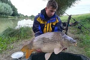 Rybaření na soukromém rybníku...