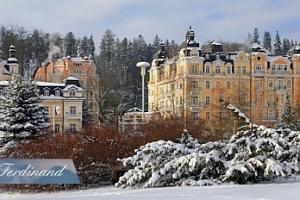 Vánoce v Mariánských Lázních: 6 dní pro dva + polopenze, procedury...