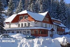 Zima ve Špindlu pro dva + snídaně či polopenze, 1 dítě zdarma...