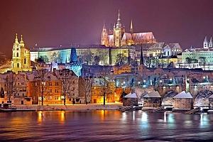 50minutová adventní plavba Prahou po Vltavě s cukrovím a horkým nápojem pro 1 osobu...