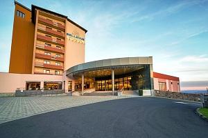 Halloween v GRAND HOTELU BELLEVUE **** v Tatrách s polopenzí...