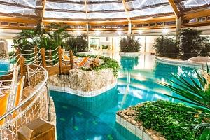 Neomezené termální lázně Őrség v luxusním hotelu Gotthard Therme**** s polopenzí...