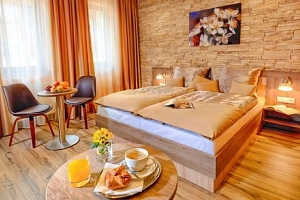 Bratislava v Hotelu Viktor *** jen 5 minut od historického centra se snídaní...