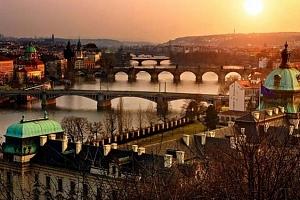 3–4denní pobyt pro 2 se snídaněmi v hotelu Theatrino**** v Praze...