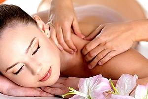 Hodinová relaxační masáž zad a šíje či masáž lávovými kameny nebo permanentka na 5 masáží....