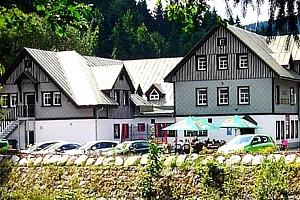 Ubytování v hotelu Hradec s neomezeným vstupem do welness ve Špindlerově Mlýně....