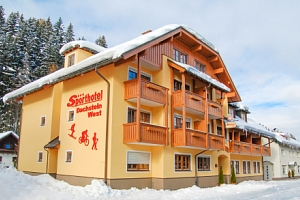 Rakouské Alpy: Sporthotel Dachstein West *** u sjezdovky s polopenzí a wellness...