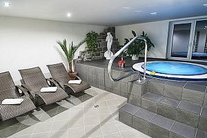 3denní pobyt s polopenzí a možností wellness pro 2 v hotelu Hrazany...