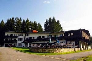 3–8denní wellness pobyt pro 2 osoby s polopenzí a infrasaunou v hotelu Bečva v Beskydech...