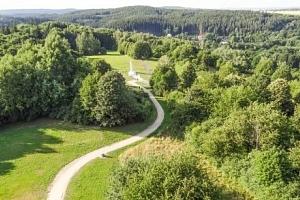 Český les v Rekreačním středisku Rybník s polopenzí a privátním wellness...