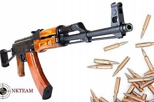 Střílení z mnoha druhů zbraní na různých střelnicích NK – teamu...