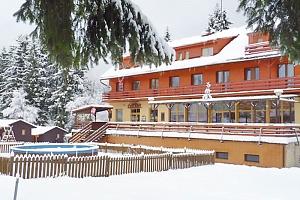 Beskydy v hotelu u přehrady nedaleko Rožnova se saunou, solnou jeskyní, masáží a polopenzí – až do…...