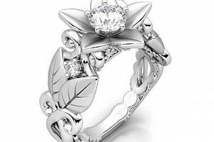 Dámský prsten z motivem růže z rhodiované bižuterie SR000051 Velikost: 9...
