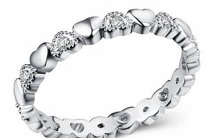 Prsten osazen srdíčky a zirkony z rhodiované bižuterie SR000052 Velikost: 6...