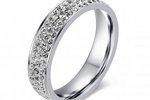 Dámský prsten z chirurgické oceli se zirkony- stříbrná elegance SR000021 Velikost: 6...