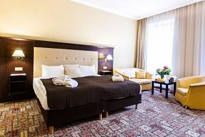 Spa Hotel Panorama v Karlových Varech s procedurami a polopenzí...