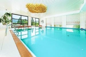 Alpenhotel Dachstein *** blízko skiareálů s polopenzí a neomezeným wellness...