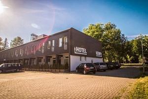 Sázava: Relaxace v Hotelu Sázavský ostrov s polopenzí a saunou + dítě zdarma...