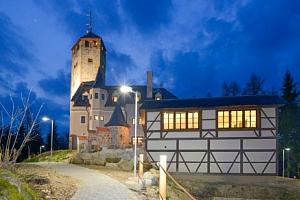 Liberec: Hotel Liberecká výšina s polopenzí a rozhlednou blízko skiareálu...