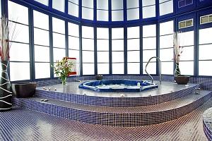 Česká Lípa: exkluzivní dámská jízda ve 4* hotelu s wellness, plnou penzí, vstupem do aquacentra + 1…