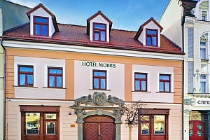 Česká Lípa ve 4* hotelu Morris s privátním pobytem ve vířivce a sauně, procedurami a polopenzí...