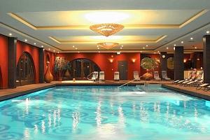 4* hotel s wellness kousek od Budapešti...