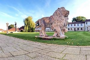 Absolutní relax: Střední Čechy v luxusním hotelu Lions s neomezeným vstupem do vodního wellness a…...