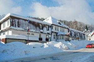 Krkonoše v Hotelu Prom *** v obklopení ski areálů + wellness a polopenze...
